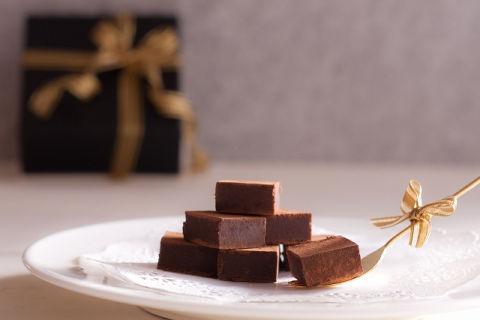 チョコレートを食べると痩せる